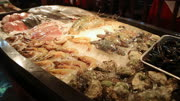 Seafood in ice restaurant